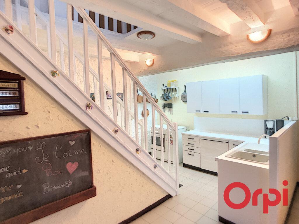 Maison à vendre 5 92m2 à Ainay-le-Vieil vignette-3