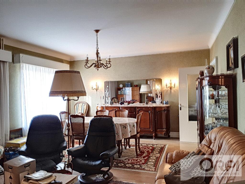 Maison à vendre 6 134.3m2 à Commentry vignette-4