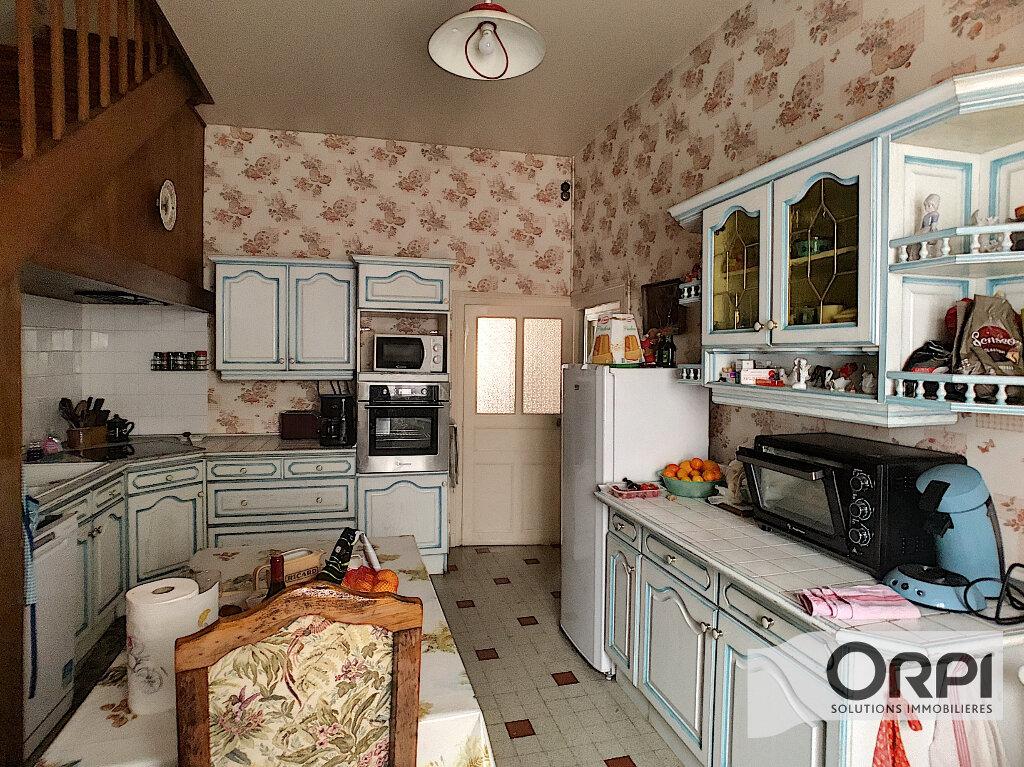 Maison à vendre 6 152m2 à Le Châtelet vignette-2