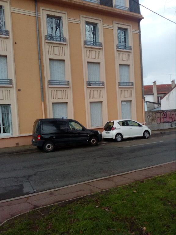 Appartement à vendre 3 59.87m2 à Montluçon vignette-1