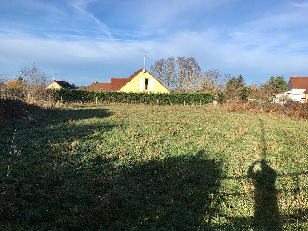Terrain à vendre 0 1135m2 à Néris-les-Bains vignette-1