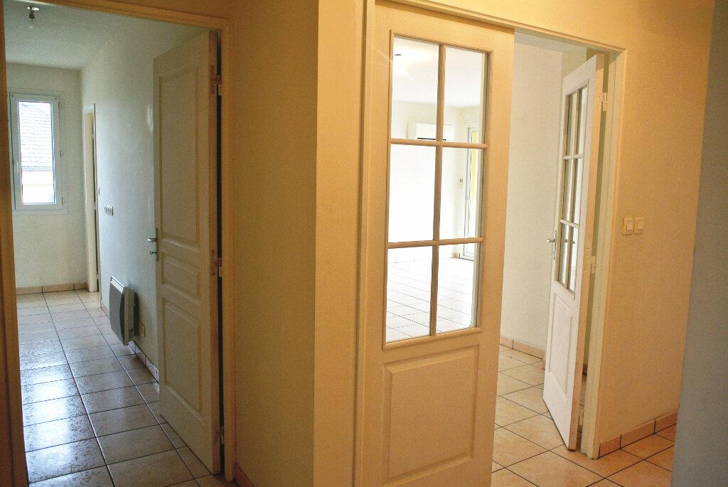 Appartement à vendre 4 80.95m2 à Montluçon vignette-5