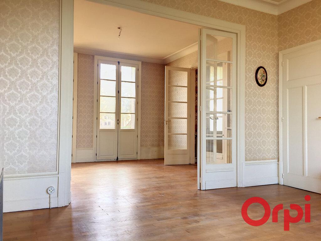 Maison à vendre 6 139m2 à Montluçon vignette-2