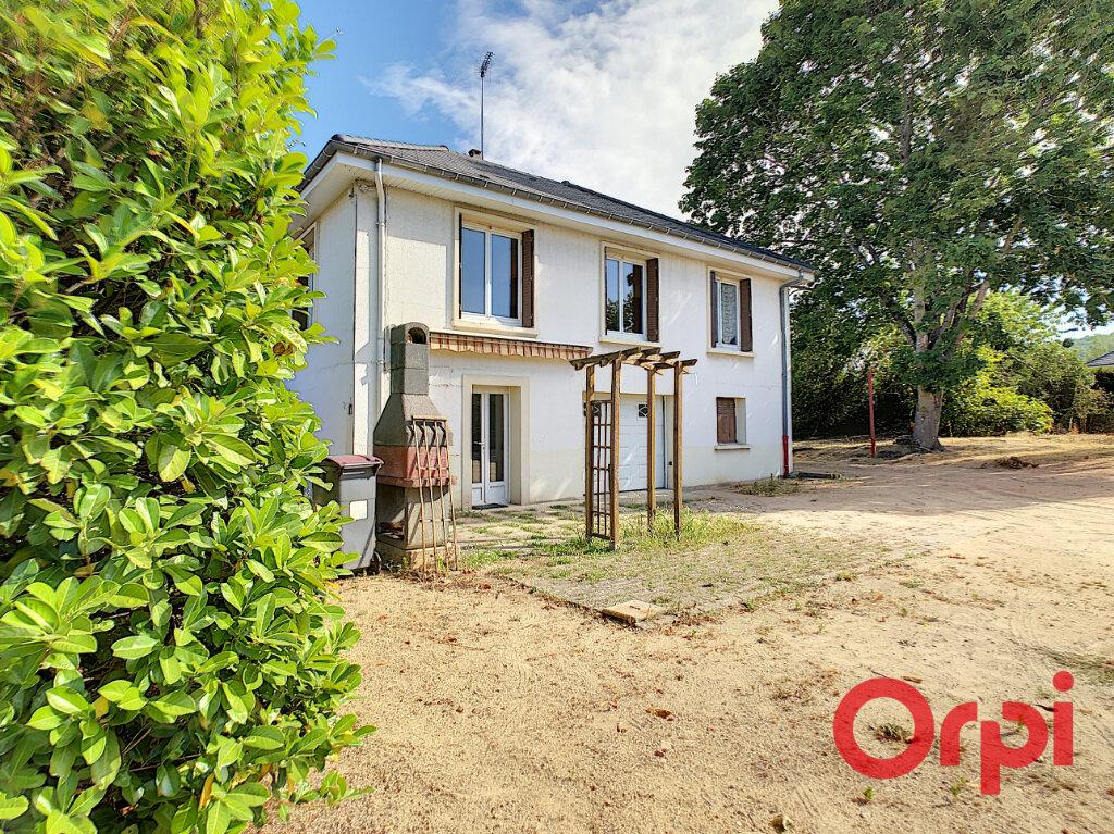 Maison à vendre 5 101.27m2 à Saint-Victor vignette-1