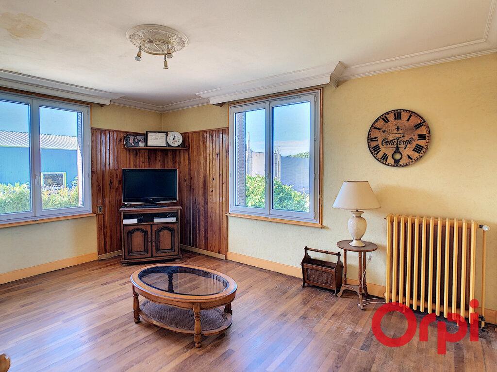 Maison à vendre 5 101.27m2 à Saint-Victor vignette-2