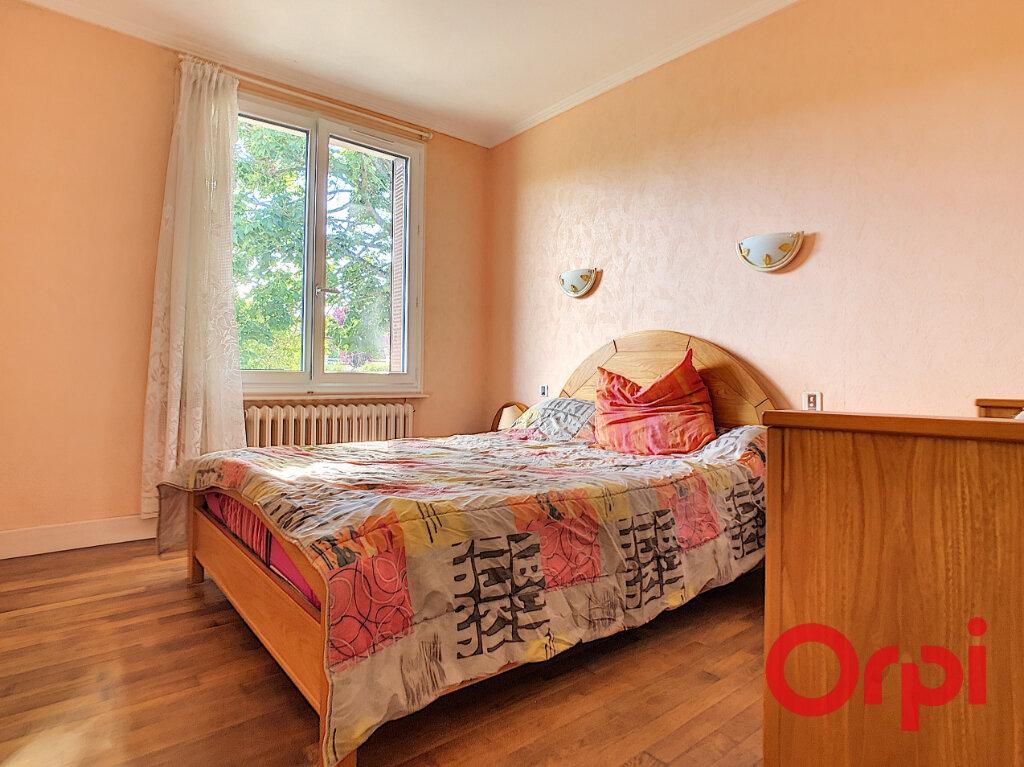 Maison à vendre 5 101.27m2 à Saint-Victor vignette-8