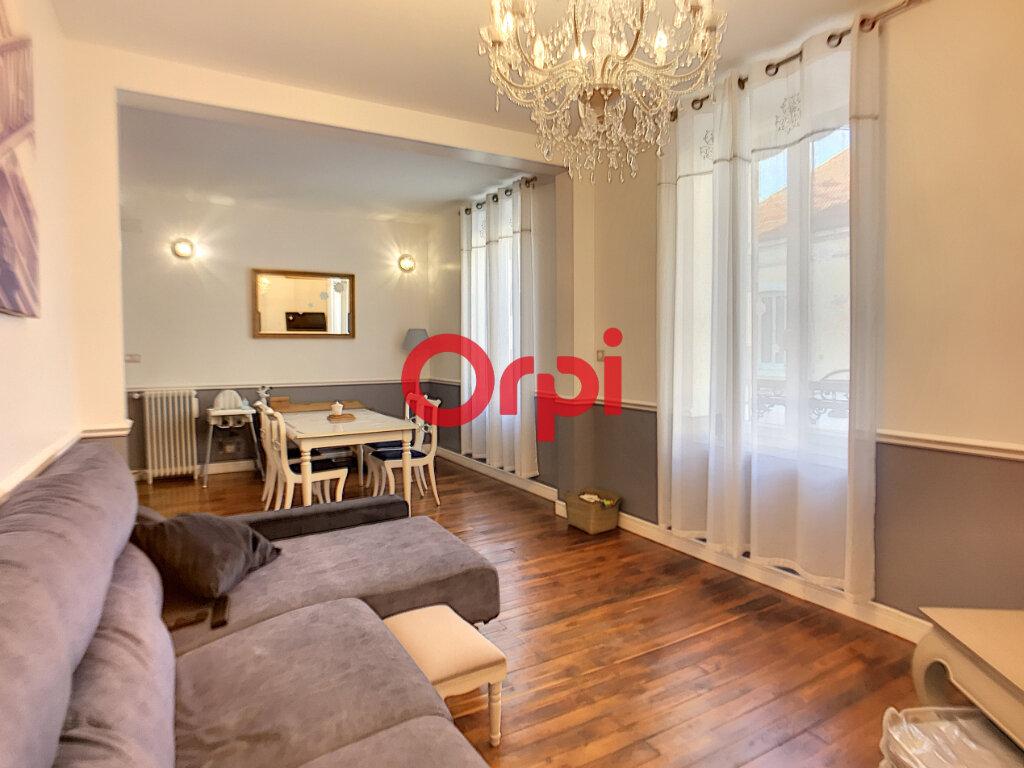 Maison à vendre 5 108m2 à Montluçon vignette-2