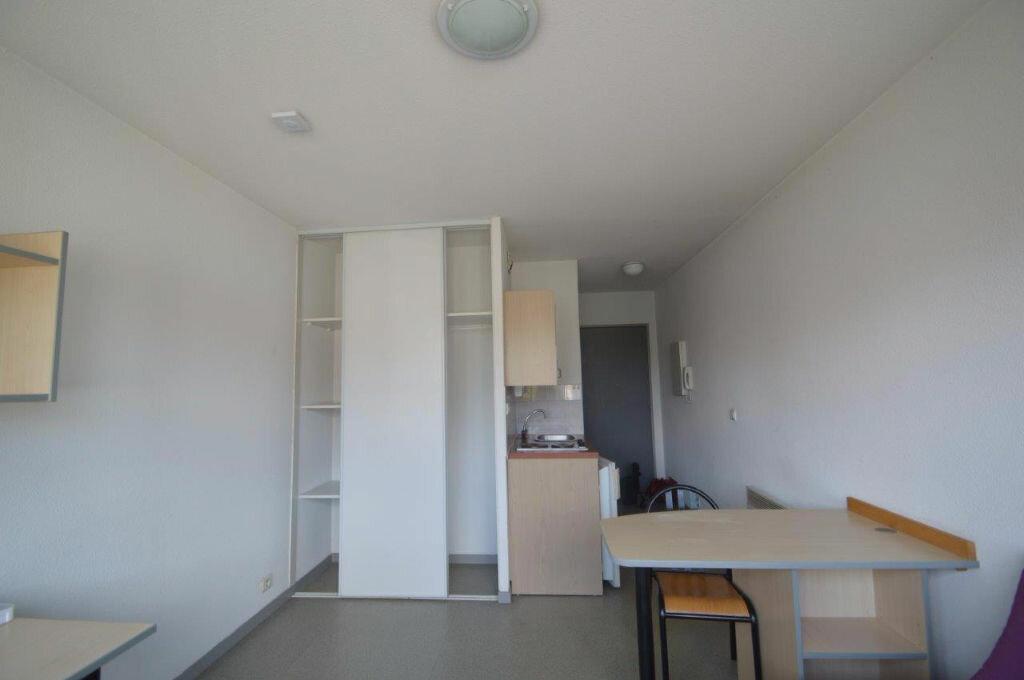 Appartement à louer 1 19m2 à Pau vignette-2