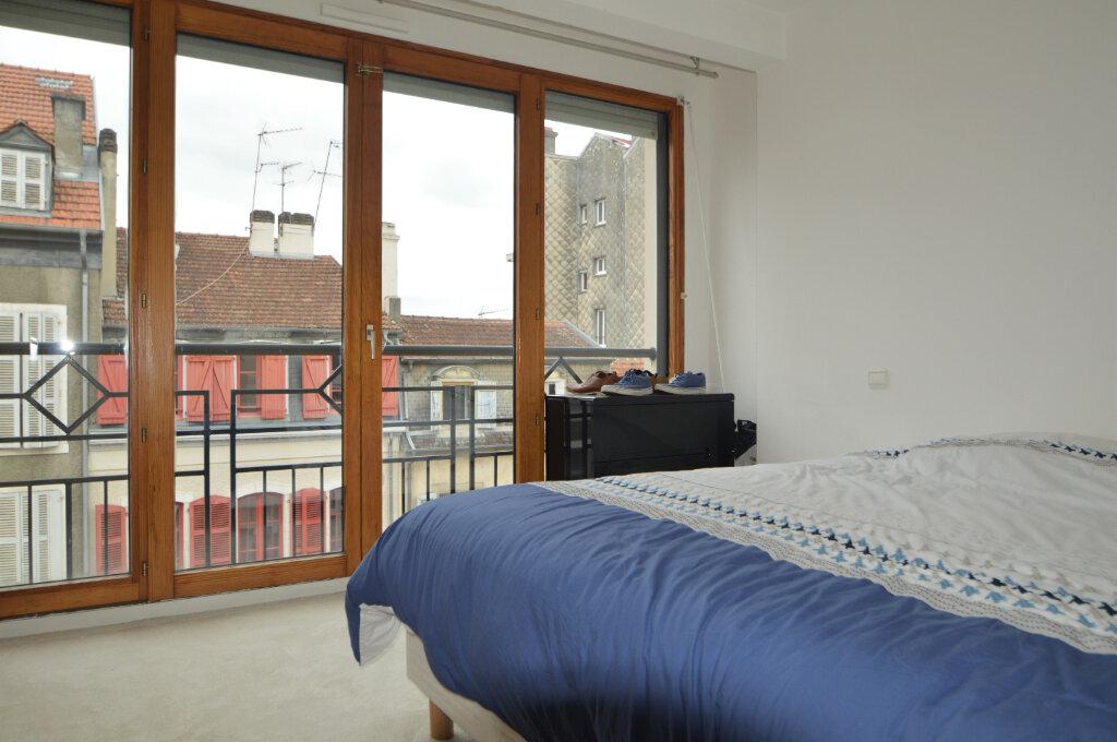 Appartement à louer 3 69.51m2 à Pau vignette-6