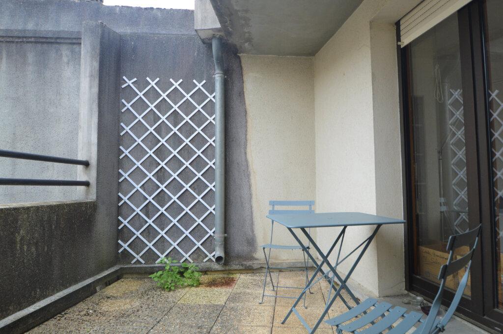 Appartement à louer 3 69.51m2 à Pau vignette-10