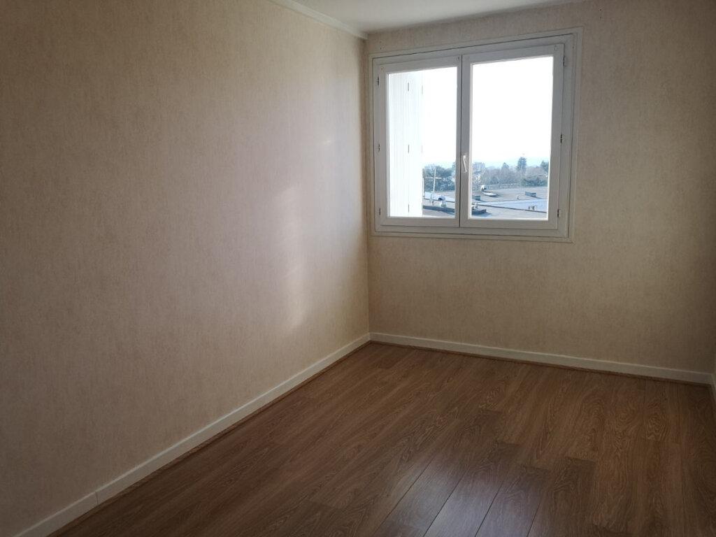 Appartement à louer 3 71m2 à Pau vignette-5