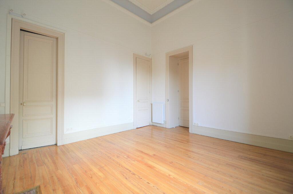Appartement à louer 3 120.83m2 à Pau vignette-4