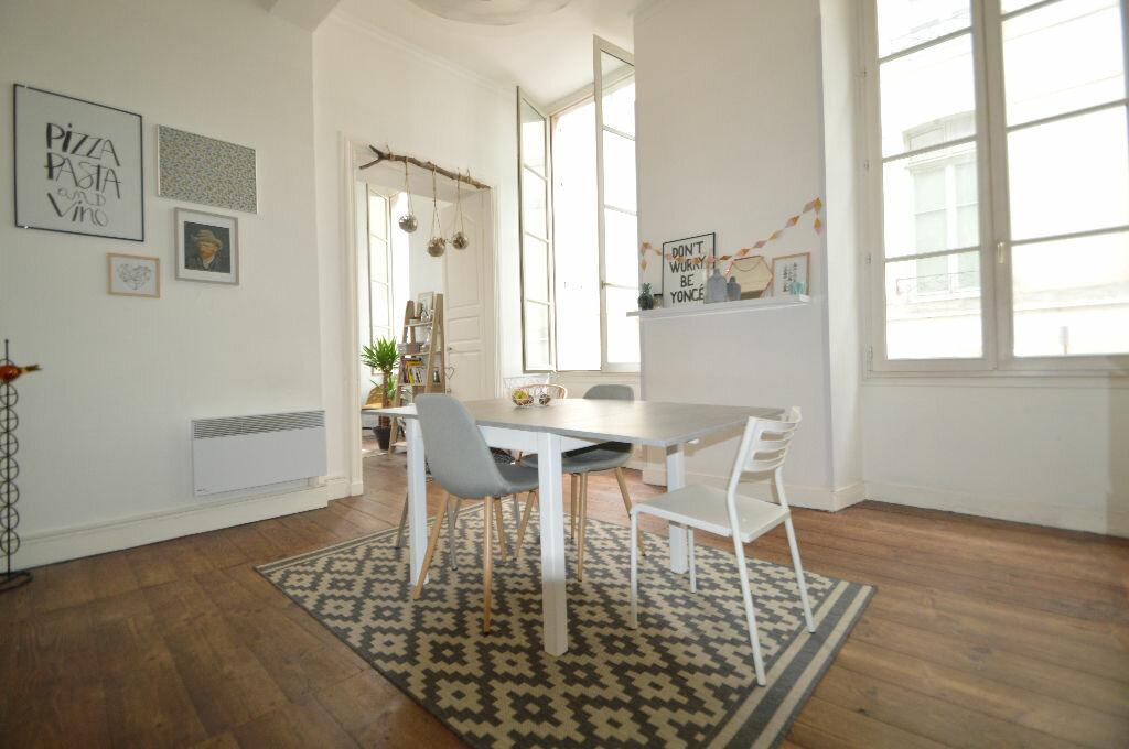 Appartement à louer 3 60.8m2 à Pau vignette-2