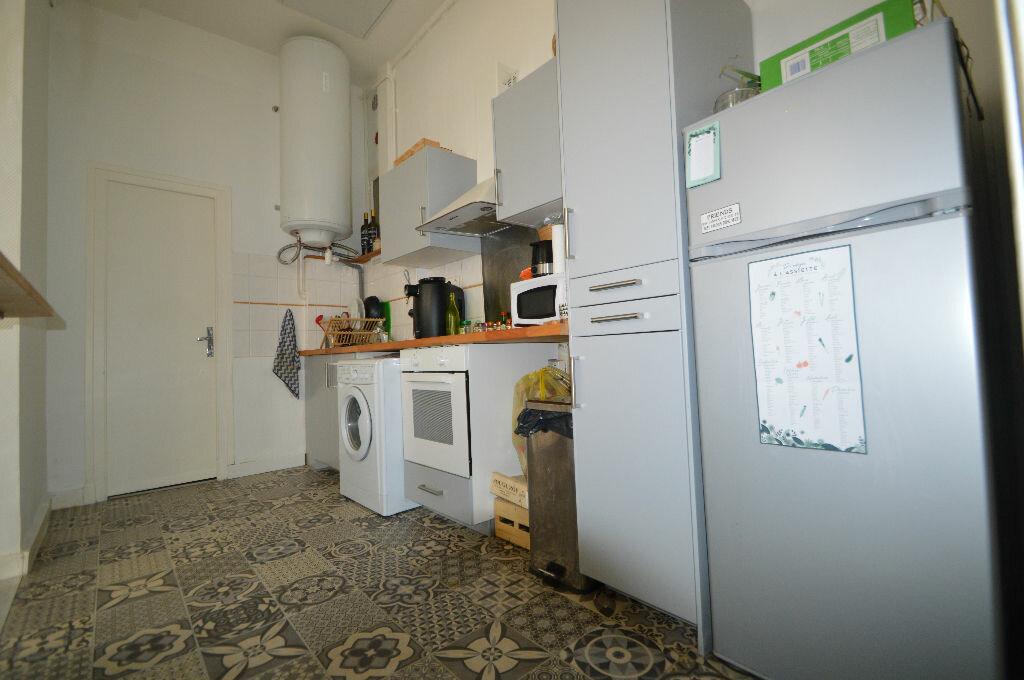 Appartement à louer 3 60.8m2 à Pau vignette-3