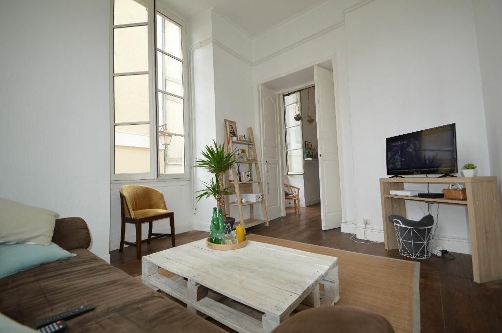 Appartement à louer 3 60.8m2 à Pau vignette-5