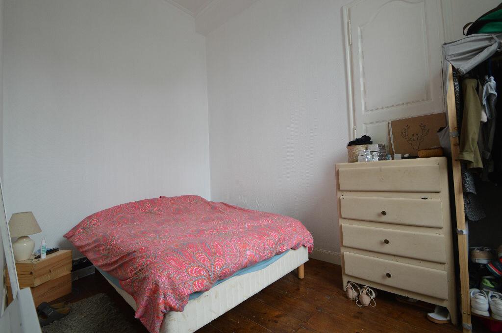 Appartement à louer 3 60.8m2 à Pau vignette-7