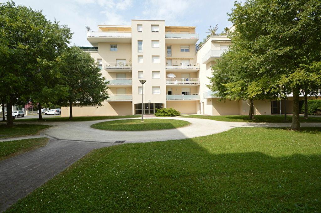 Appartement à louer 4 82.1m2 à Pau vignette-10