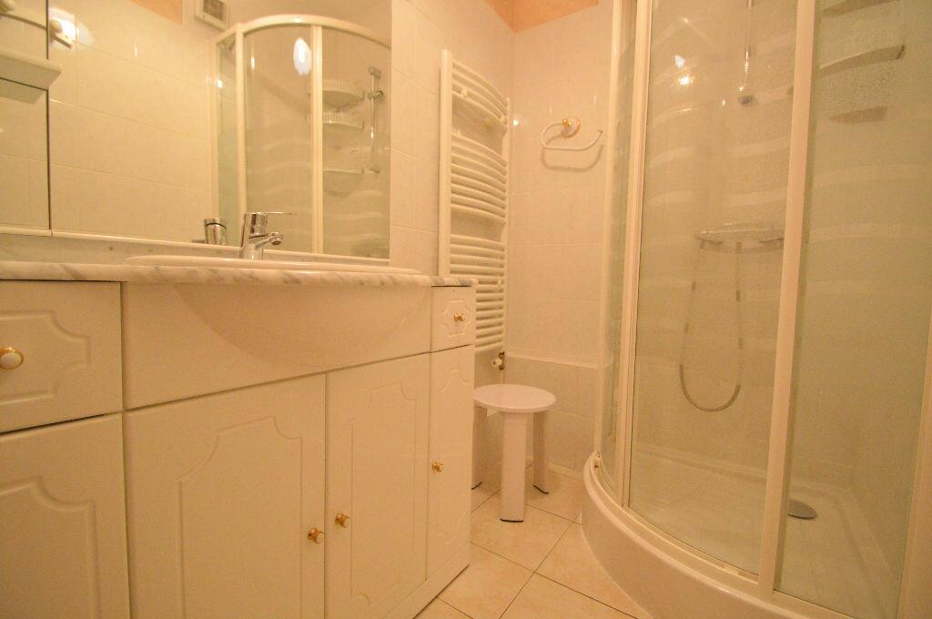 Appartement à louer 4 76m2 à Pau vignette-2