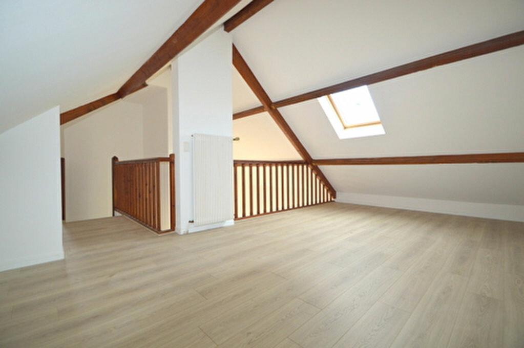 Maison à louer 4 95.57m2 à Jurançon vignette-5