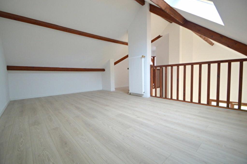 Maison à louer 4 95.57m2 à Jurançon vignette-8