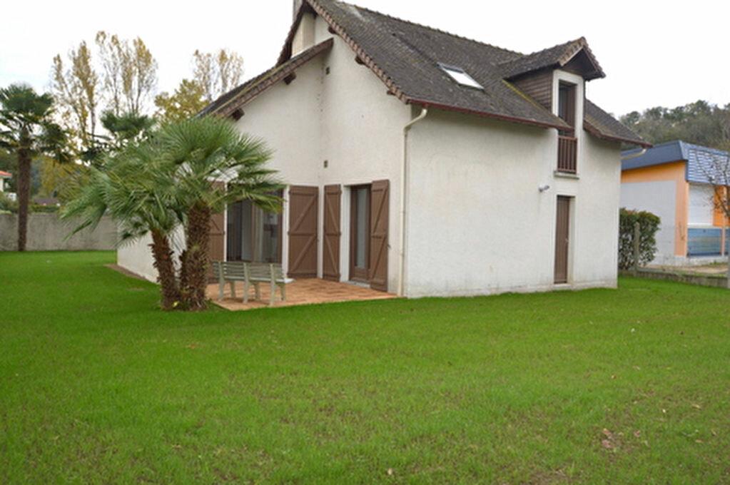 Maison à louer 4 95.57m2 à Jurançon vignette-14