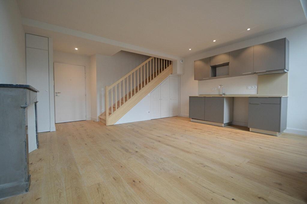 Appartement à louer 3 55.09m2 à Pau vignette-1