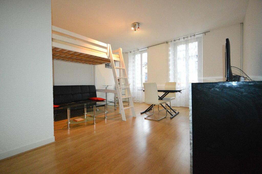 Appartement à louer 1 35m2 à Pau vignette-1