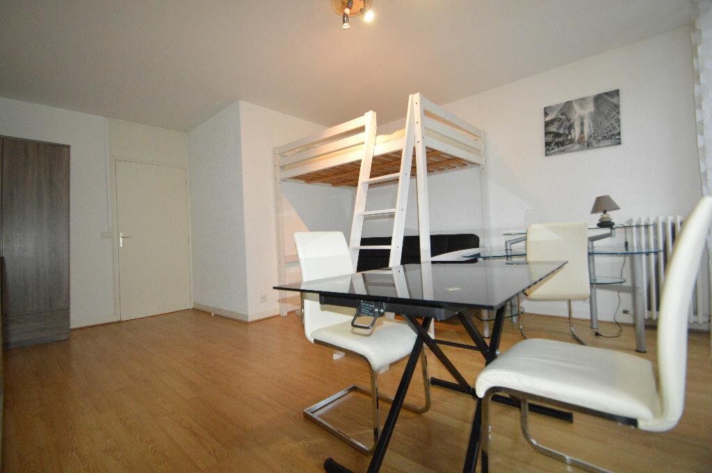 Appartement à louer 1 35m2 à Pau vignette-5