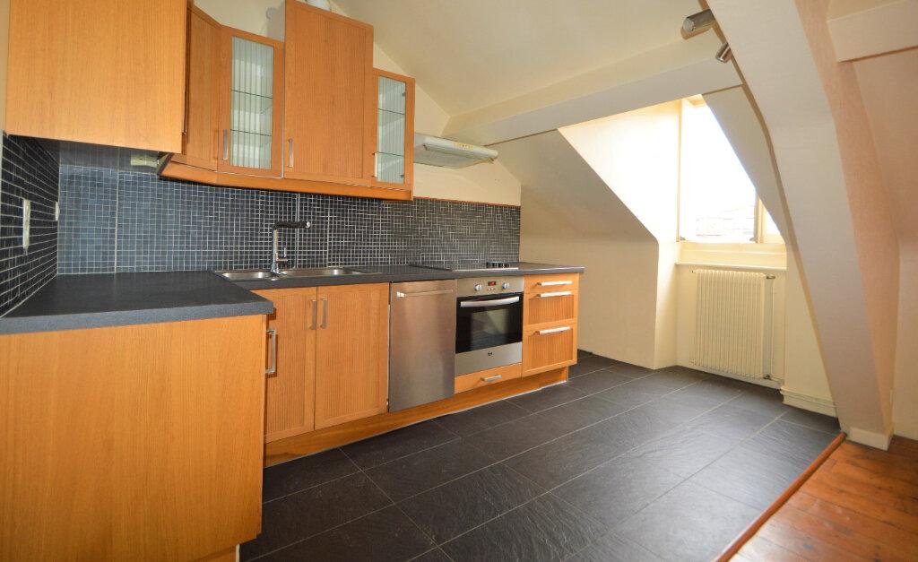 Appartement à louer 2 44.99m2 à Pau vignette-1