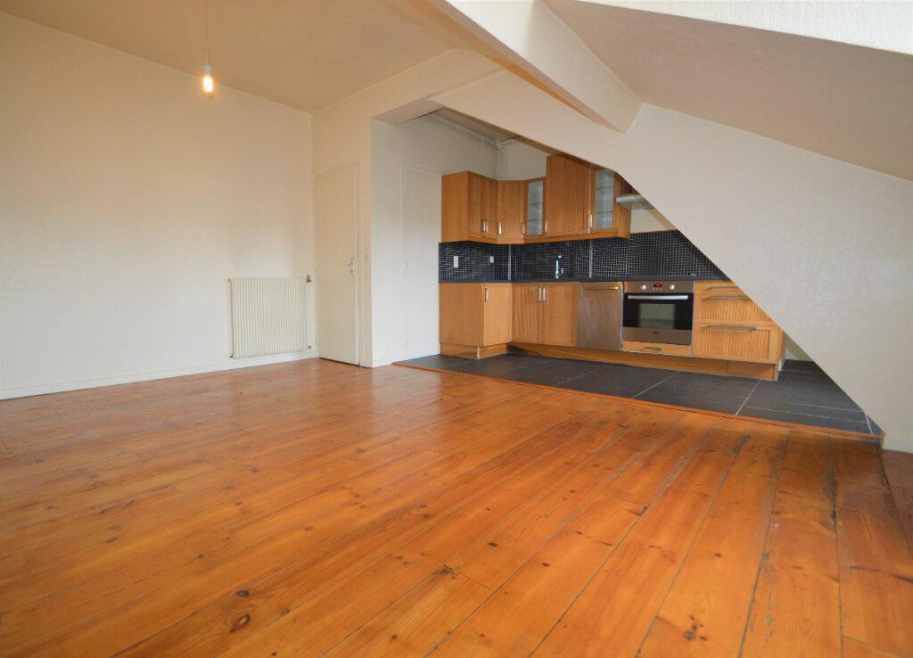 Appartement à louer 2 44.99m2 à Pau vignette-2