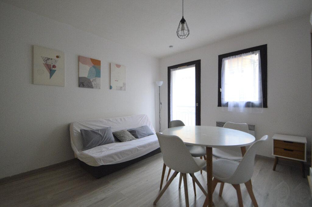 Appartement à louer 1 20.39m2 à Pau vignette-1