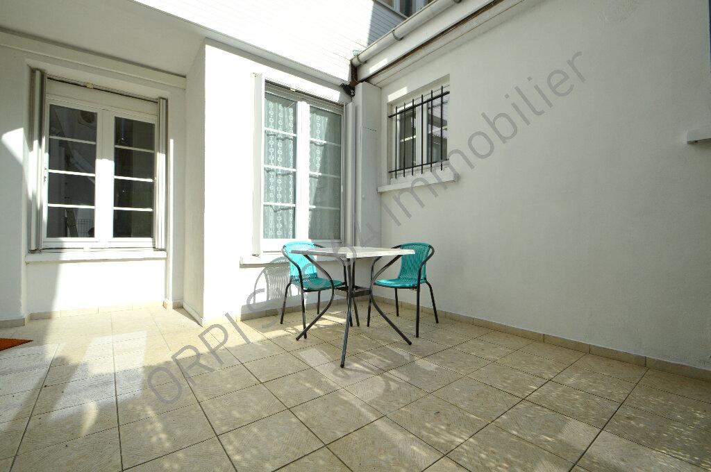 Appartement à louer 2 57.26m2 à Pau vignette-1