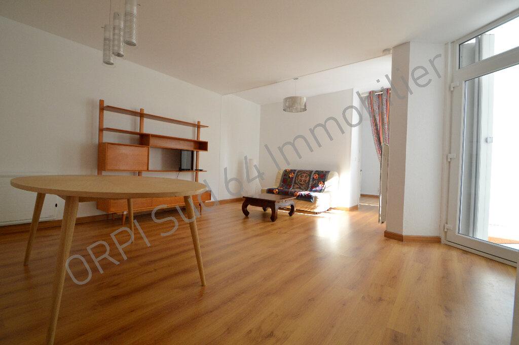 Appartement à louer 2 57.26m2 à Pau vignette-3