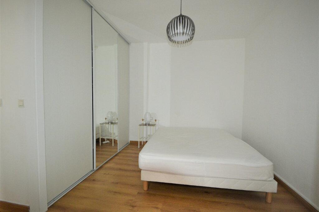 Appartement à louer 2 57.26m2 à Pau vignette-5
