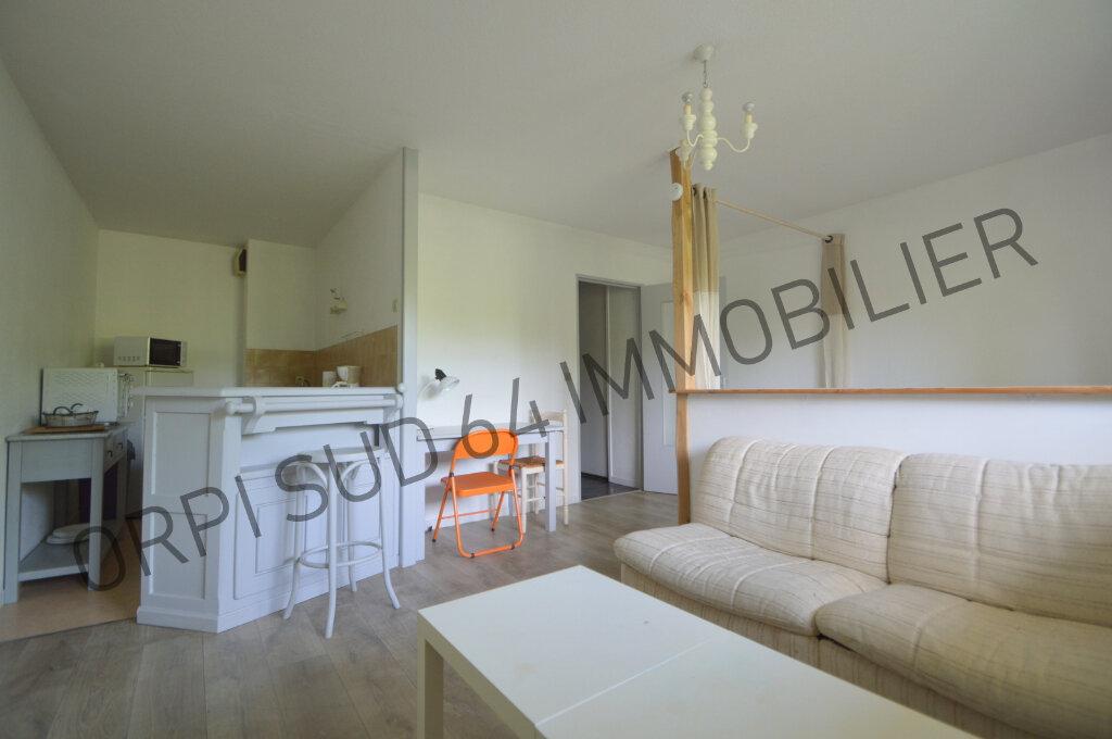 Appartement à louer 1 32m2 à Pau vignette-2