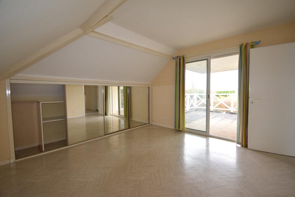 Maison à vendre 6 170m2 à Buros vignette-6