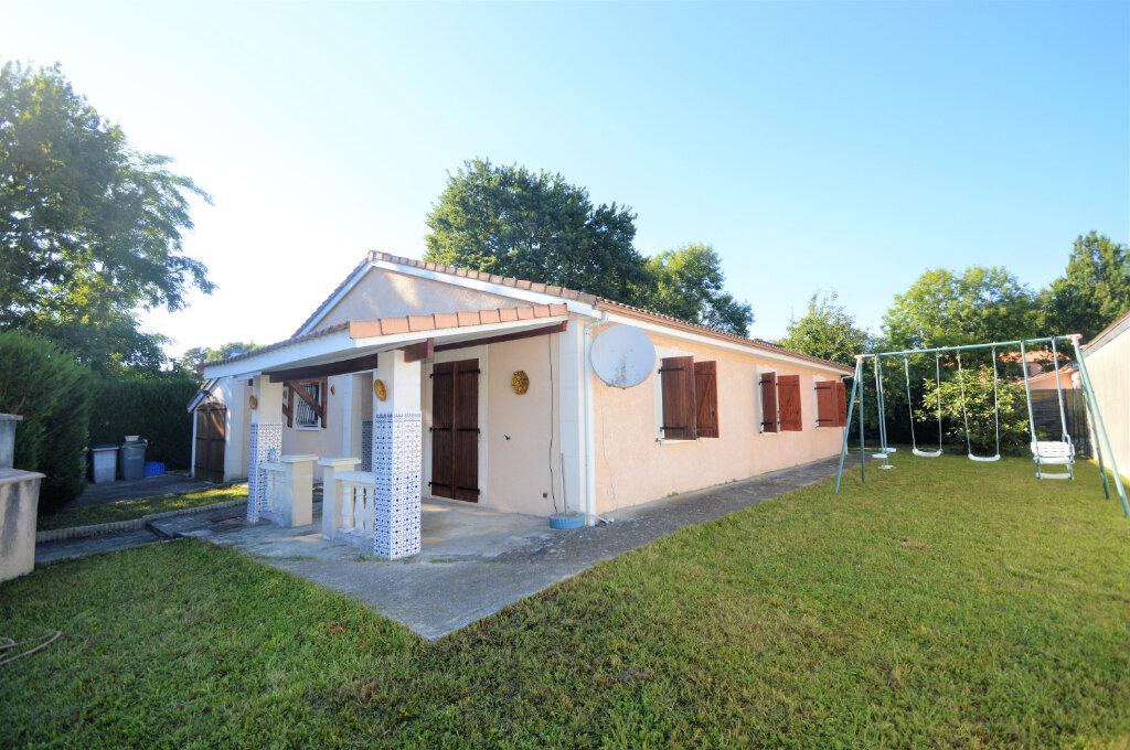 Maison à vendre 5 123m2 à Pau vignette-1