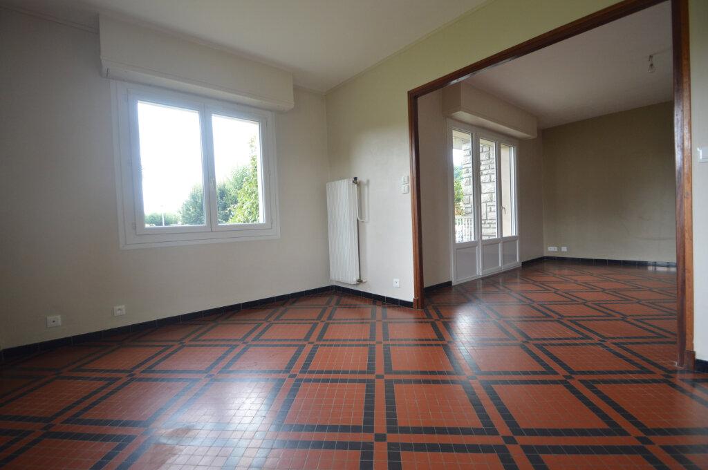 Appartement à vendre 4 84m2 à Gelos vignette-2