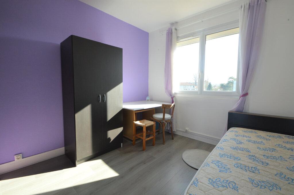 Appartement à louer 4 62.5m2 à Billère vignette-6