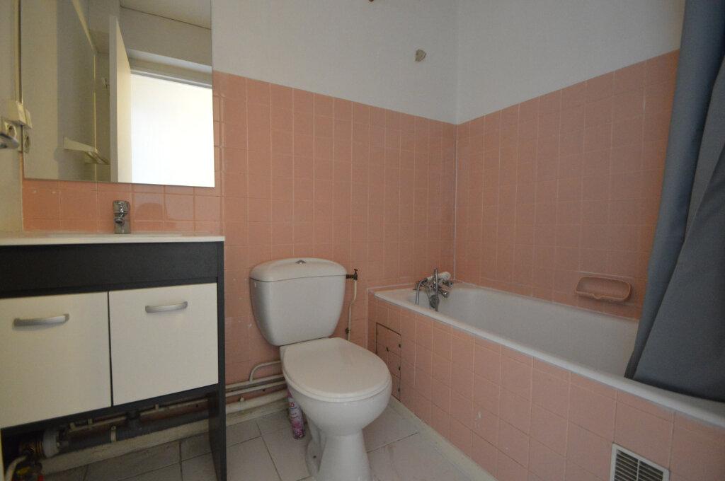 Appartement à louer 1 18.68m2 à Pau vignette-4