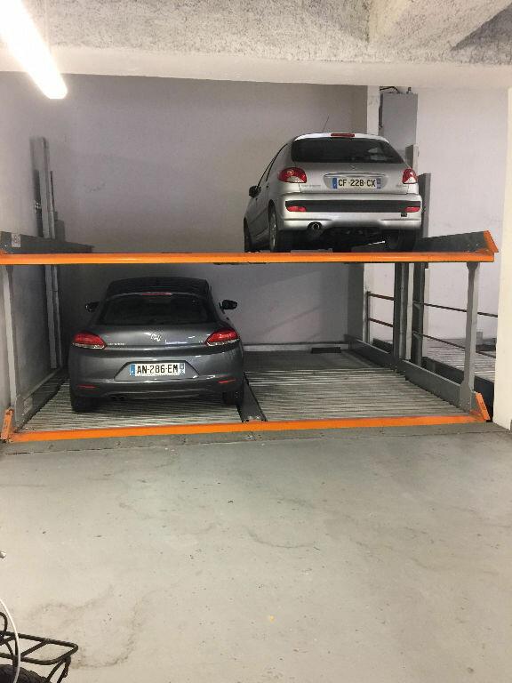 Stationnement à louer 0 0m2 à Nice vignette-1