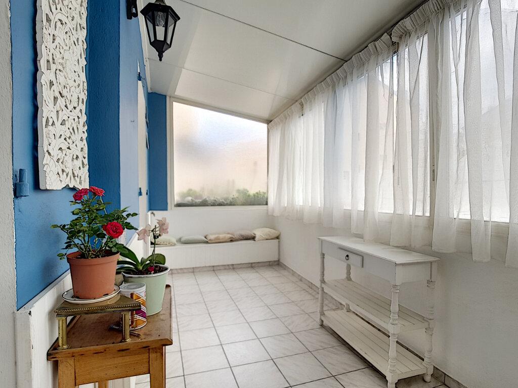 Appartement à louer 3 78.75m2 à Nice vignette-9