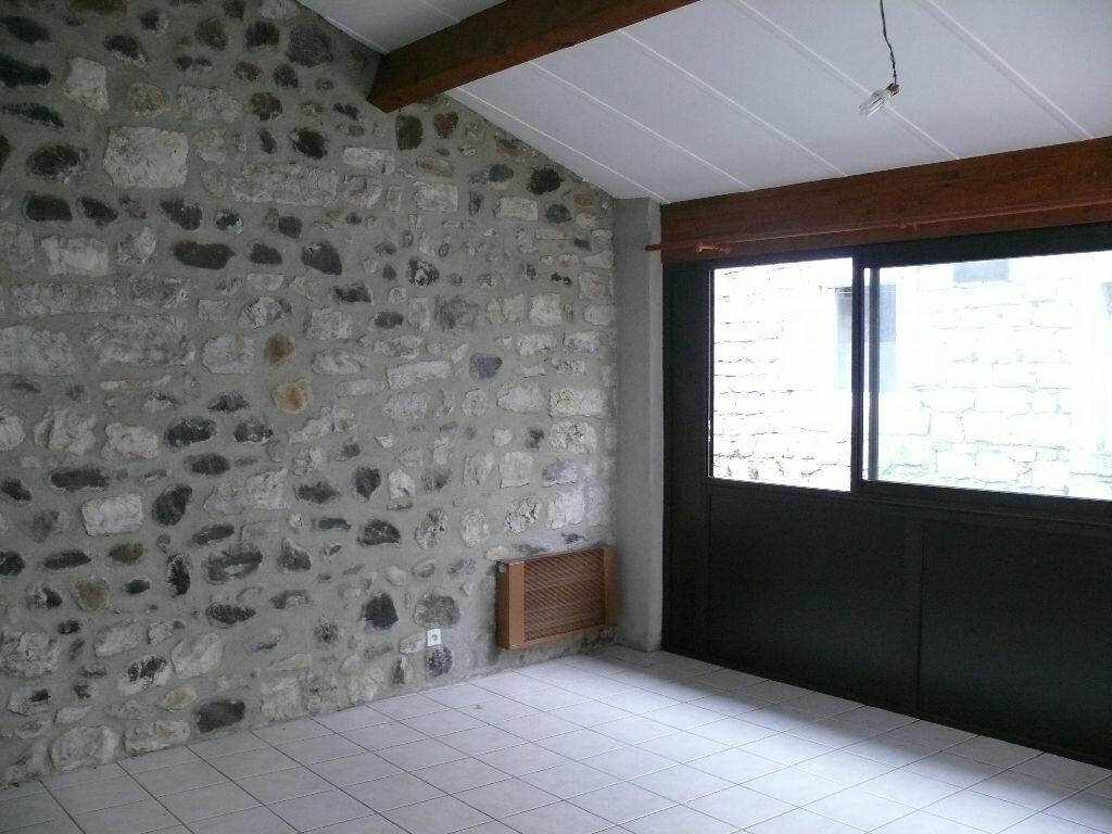 Appartement à louer 2 38.18m2 à Lavilledieu vignette-2