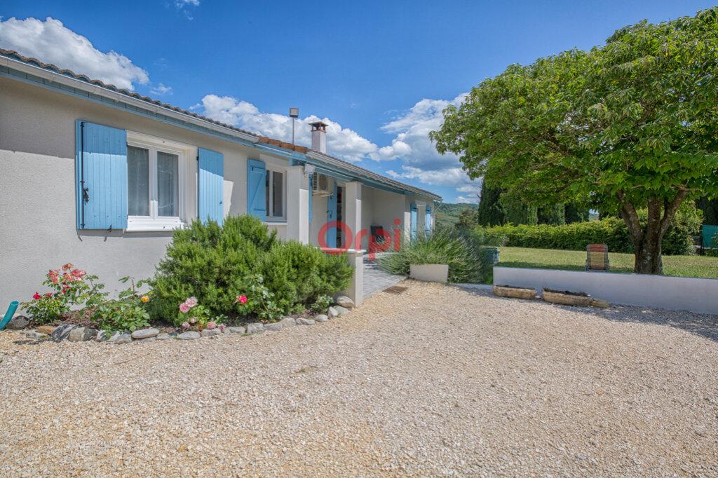 Maison à vendre 5 115m2 à Villeneuve-de-Berg vignette-1