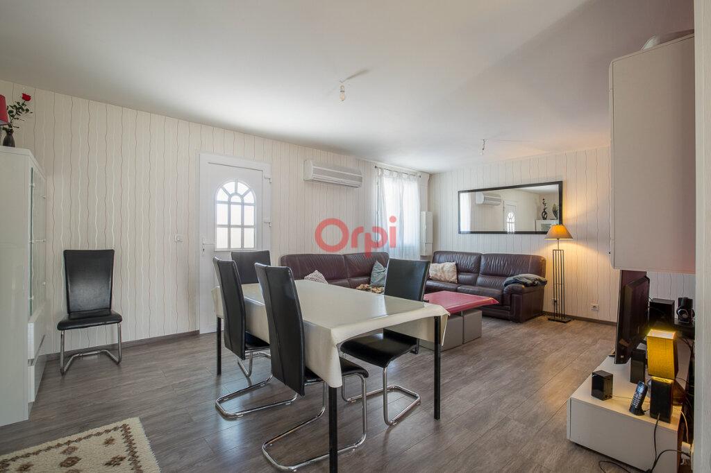 Maison à vendre 5 115m2 à Villeneuve-de-Berg vignette-4
