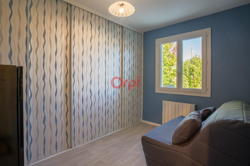 Maison à vendre 5 115m2 à Villeneuve-de-Berg vignette-11