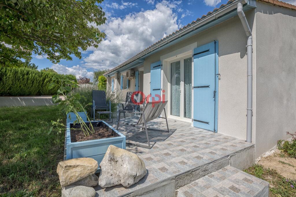 Maison à vendre 5 115m2 à Villeneuve-de-Berg vignette-15