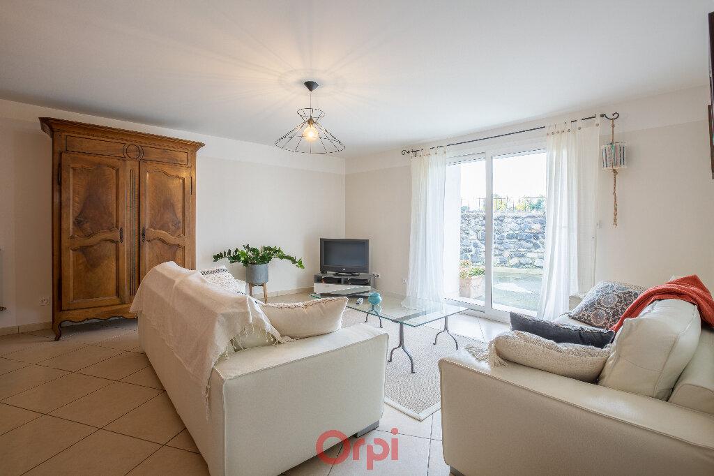 Maison à vendre 4 130m2 à Saint-Jean-le-Centenier vignette-4