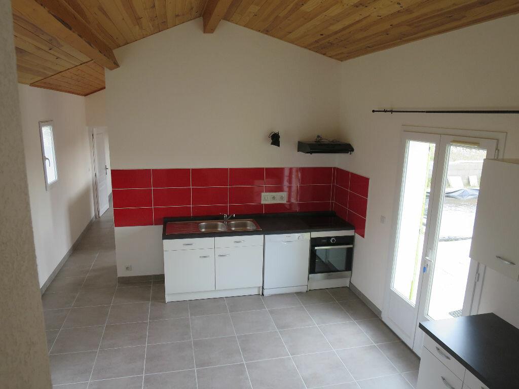 Maison à louer 3 69.42m2 à Saint-Maurice-d'Ibie vignette-3
