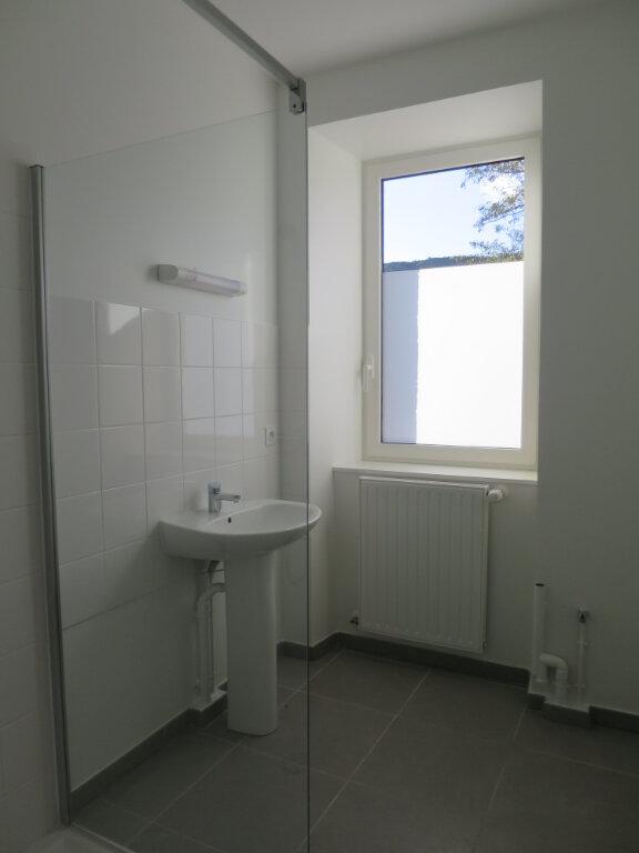 Appartement à louer 3 64.22m2 à Darbres vignette-9